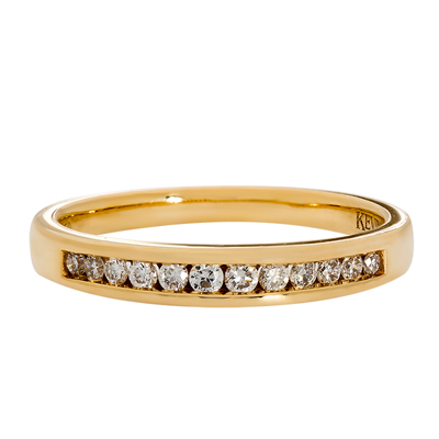 Anillo en oro amarillo de 18 Kilates, 12 diamantes de 0.07Ct peso total