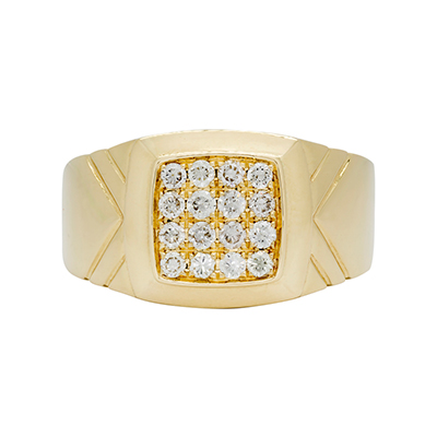 Anillo en oro amarillo de 18 Kilates, con diamante en decoracion de 0.48 Quilates