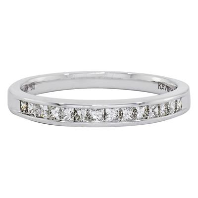 012120A030 - Argolla en oro blanco de 18 Kilates, Centillo, con diamantes de 0.30 Ct, 3 mm. de ancho