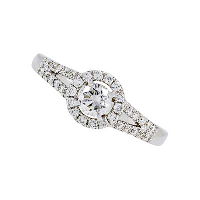 Anillo en oro blanco de 18 Kilates con diamantes de 0.56Ct peso total