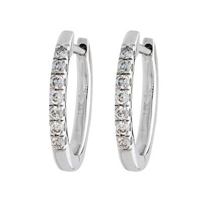 Candongas en oro blanco de 18 Kilates rodinado diseño con diamantes en decoracion de 0.18Ct peso total