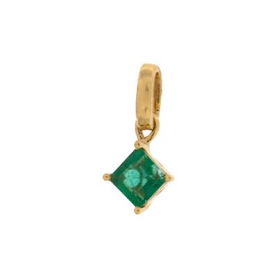 Dije en oro amarillo de 18 Kilates con esmeralda