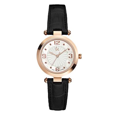 Reloj Guess colection analogo, para Dama, tablero redondo color gris, estilo puntos + arabigo, pulso cuero color negro