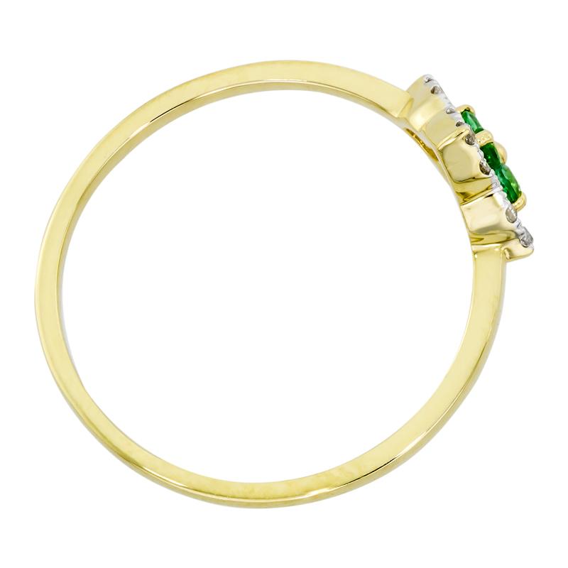 0112703012 - Anillo en oro amarillo de 18 kilates, con esmeraldas de 0.10 ct y diamantes de 0.06 ct