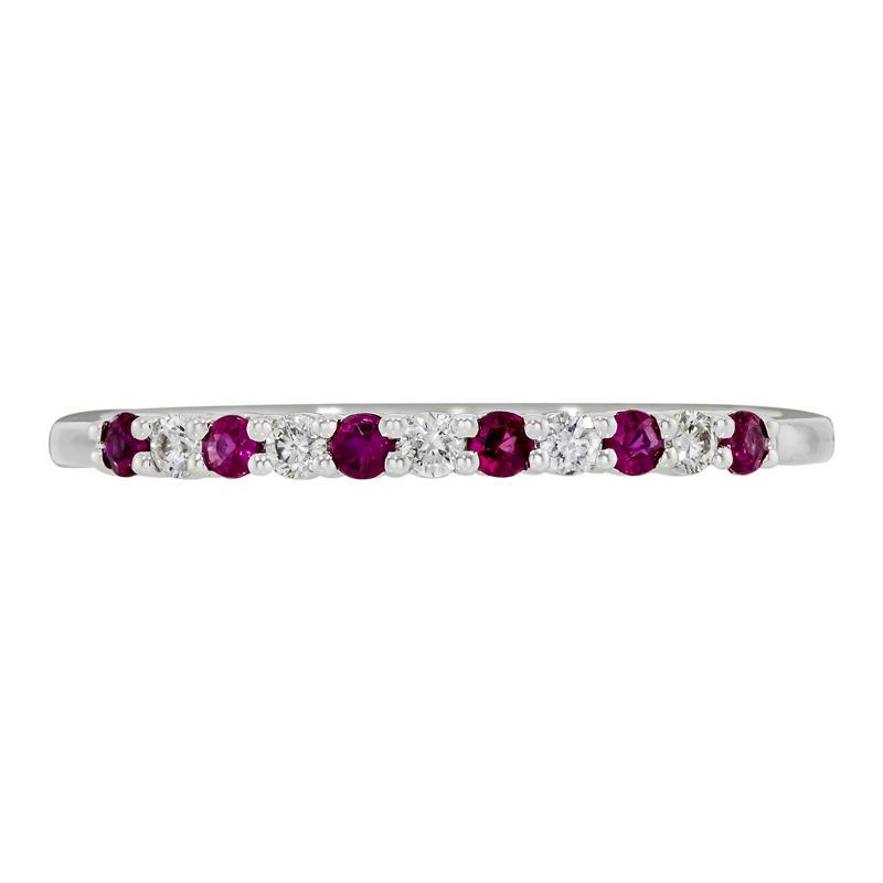 0124701014 - Anillo en oro blanco de 18 kilates, con rubis de 0.13 ct y diamantes de 0.10 ct